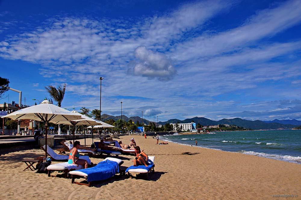 пляж море нячанг вьетнам