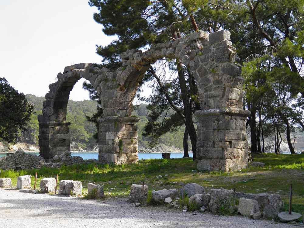 фазелис руины река парк