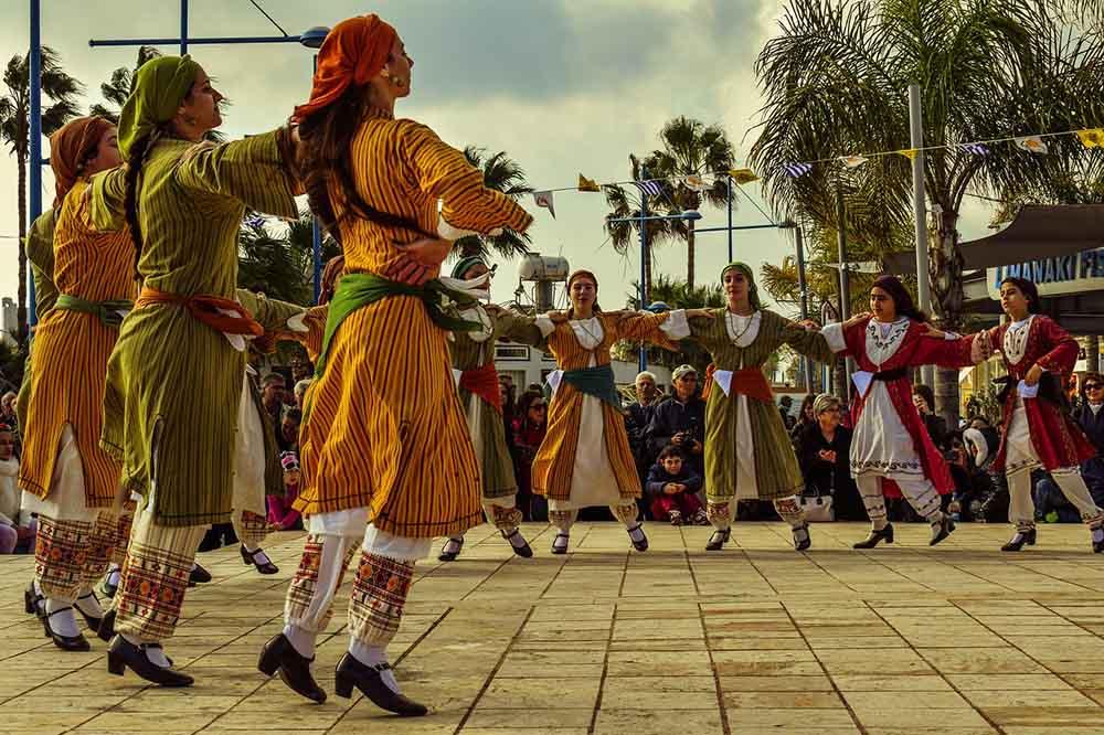 танец, танцовщицы, девушки, костюмы, народные