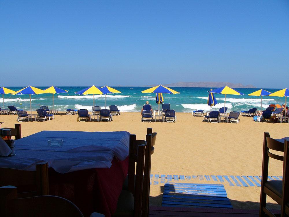 Пляж Матала, Ираклион - MyGreekHeart | 750x1000